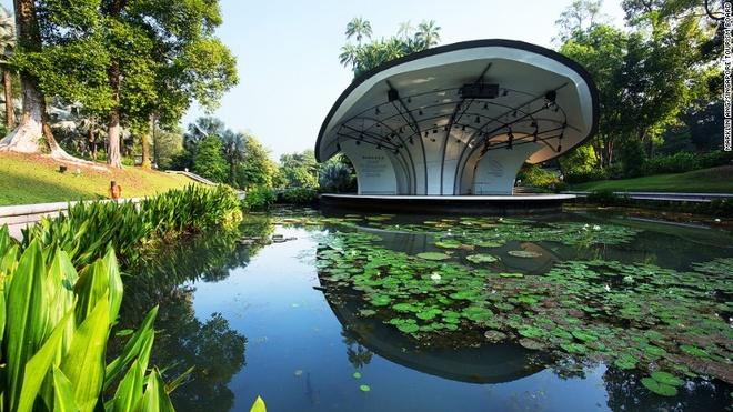 Rung mua nguyen sinh giua long Singapore hinh anh 13 Sân khấu biểu diễn âm nhạc trong khuôn viên vườn.