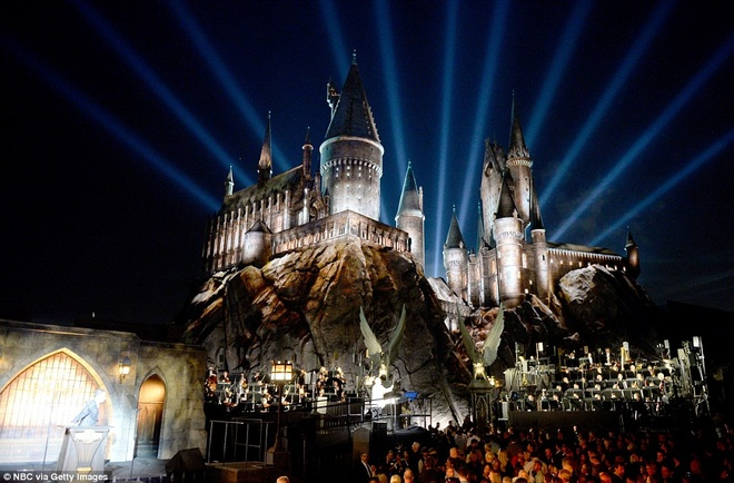 The gioi phu thuy Harry Potter o Hollywood hinh anh 1