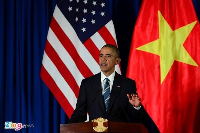 Tong thong My an bun cha, di chua o Viet Nam hinh anh 1
