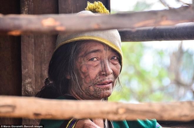 Bo toc xam mat o Myanmar anh 12