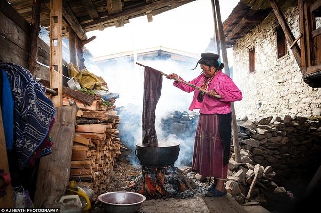 Bo toc chat vat giu nep song co xua o Bhutan hinh anh 1