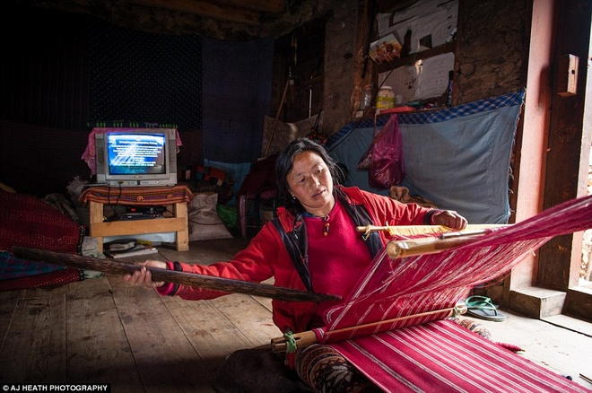 Bo toc chat vat giu nep song co xua o Bhutan hinh anh 15