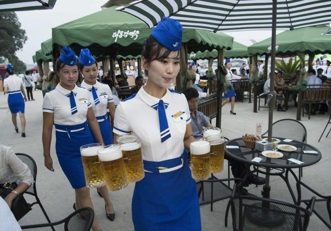 Le hoi bia lan dau duoc to chuc o Trieu Tien hinh anh