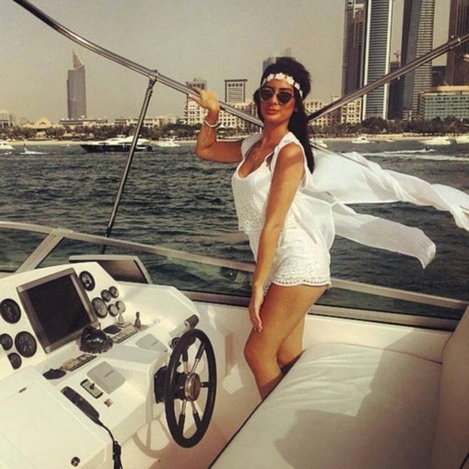 Cach tieu tien xa xi cua hoi cau am co chieu Dubai hinh anh 12