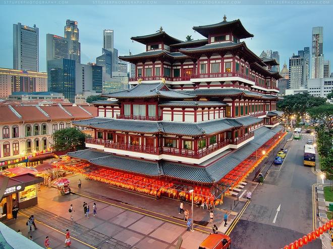 Ngoi chua 75 trieu USD mang kien truc thoi Duong tren dat Singapore hinh anh