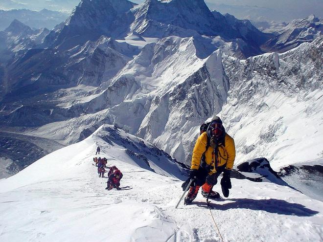 Leo Everest kho nhu the nao? hinh anh