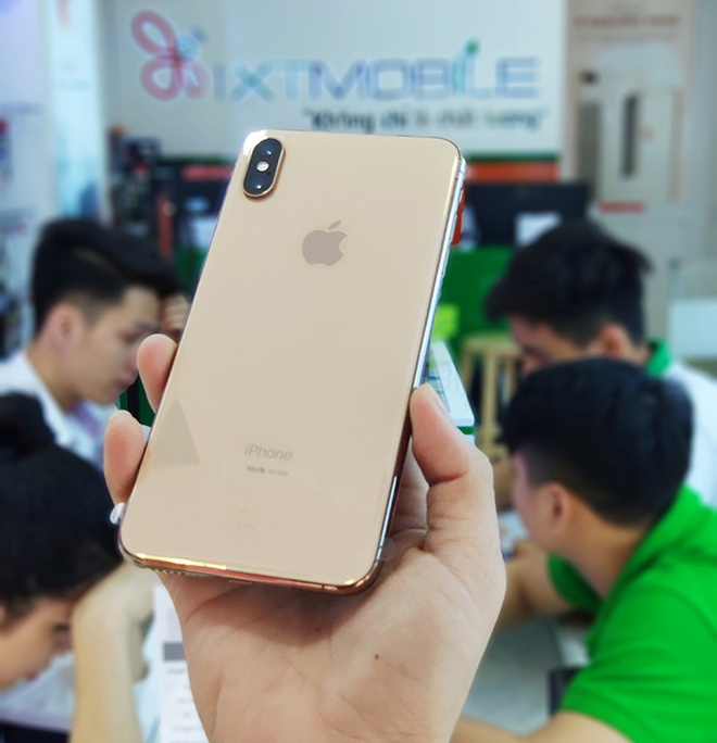iPhone 11 Pro Max anh 1