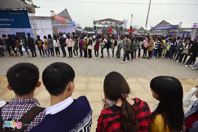 Hang nghin ban tre xep hang tham gia le hoi Han Quoc hinh anh 6