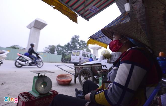 'Bao bui' o cua ngo phia Tay Ha Noi hinh anh 9