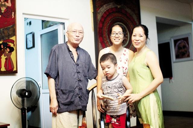 Nha van Nguyen Khac Phuc qua doi hinh anh 1