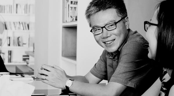 GS Ngo Bao Chau: Sach o ben toi trong nhung bien co cuoc doi hinh anh