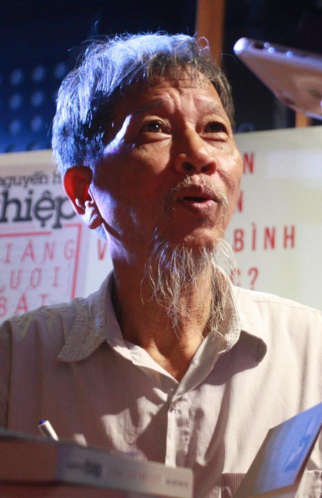 Nguyen Huy Thiep,  Giang luoi bat chim anh 1