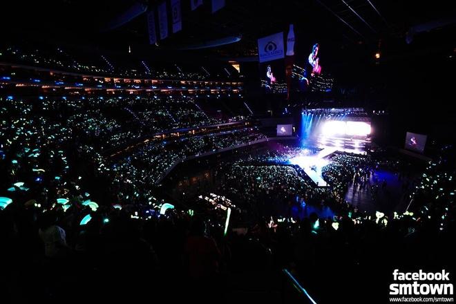 SHINee quyen ru 8.000 fan Mexico hinh anh 5