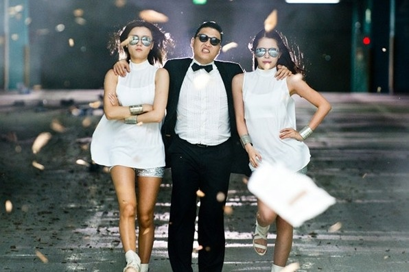 Psy tai hop voi dao dien 'Gangnam Style' hinh anh