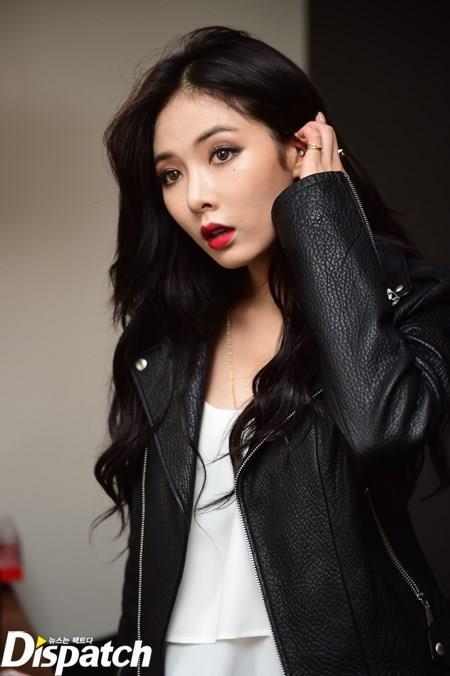 Soi lich nghi Tet Trung thu cua sao Han hinh anh 6 HyunA sẽ đón lễ Chuseok ở Mỹ. Cô đang ở đó tham dự New York Fashion Week.