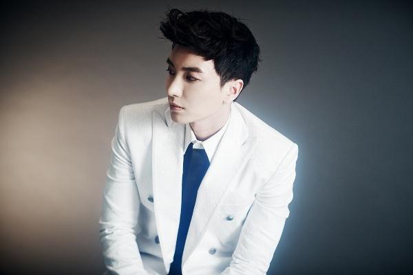 Leeteuk (Suju) canh bao scandal moi cua SM hinh anh