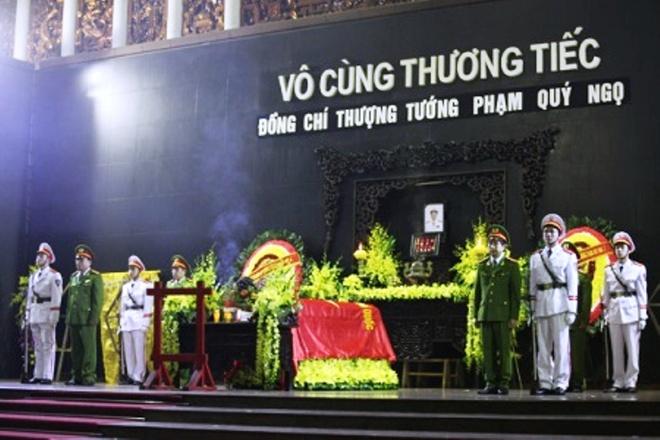 Bo Cong an to chuc tang le Thu truong Pham Quy Ngo hinh anh