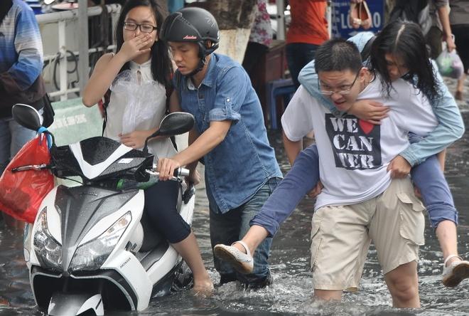 Nguoi Sai Gon loi nuoc ban di choi le hinh anh 13