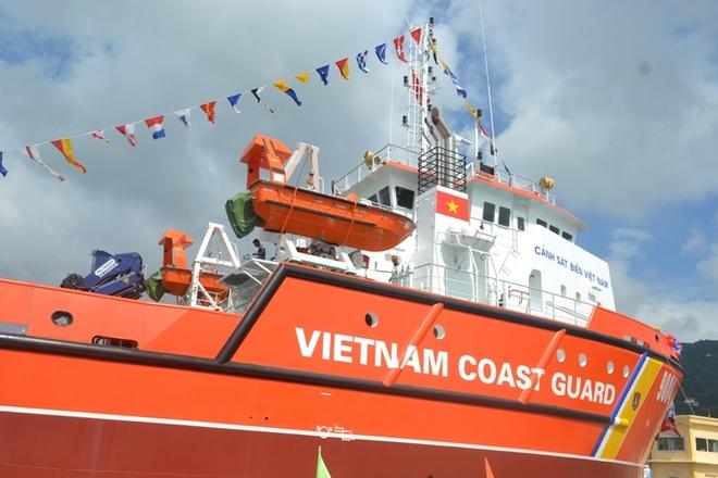 Tau cuu ho hien dai nhat cua Canh sat bien Viet Nam hinh anh 4 Chiếc tàu được hạ thủy lần này mang số hiệu 9004, ký hiệu thiết kế DN 2000 và đặt ky tàu DN-2000 chiếc số 4.