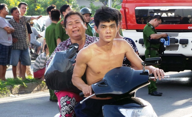 'Toi chi kip lay cuon so do roi lao ra ngoai' hinh anh