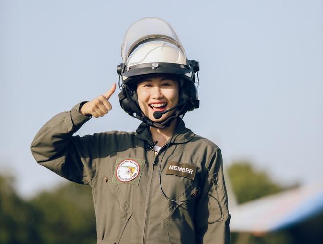 He nay, ban da san sang bay du luon, uong ca phe tren cay o Thai Lan? hinh anh