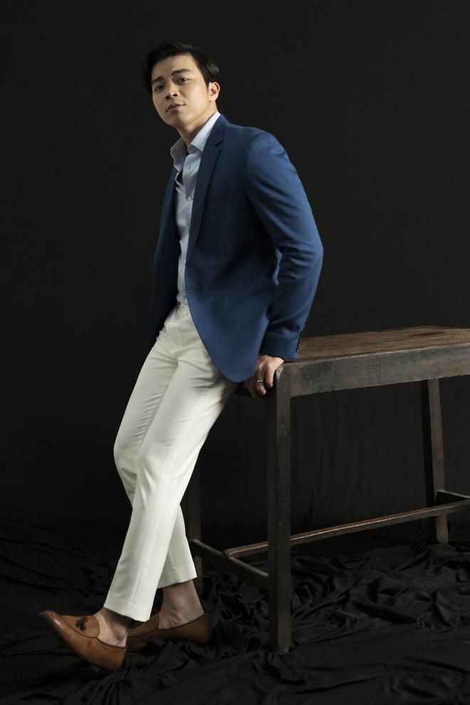 Uyen Linh - Lan Nha lan dau dung chung san khau sau Vietnam Idol 2010 hinh anh 2