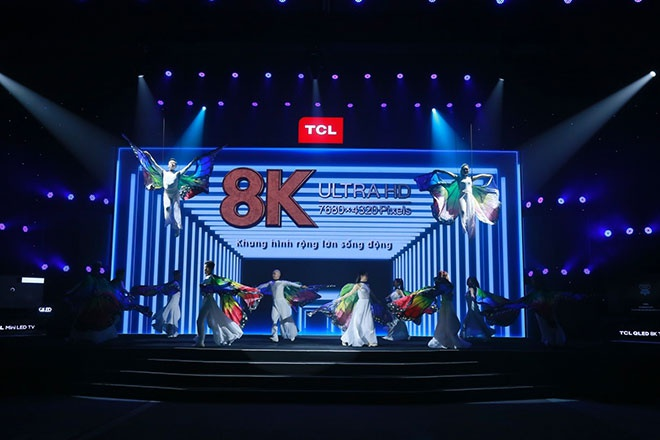 TCL anh 1