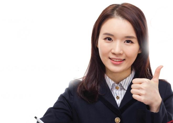 Koligin dong hanh cung thi sinh do dai hoc hinh anh