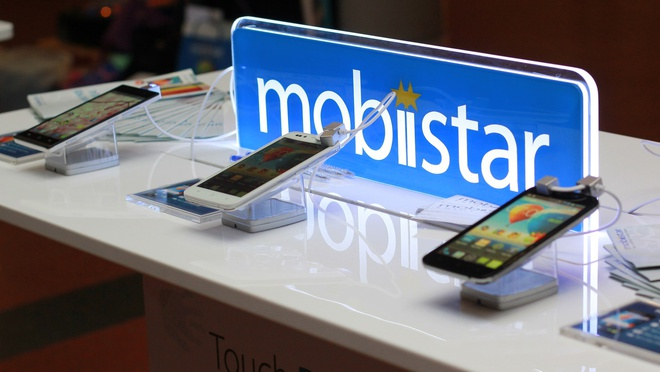 Mobiistar ra mat 3 smartphone loi tu hinh anh