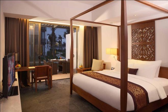 Kham pha Hoi An voi du lich nghi duong dang cap hinh anh 3 Tại Sunrise, hệ thống phòng nghỉ sang trọng, đầy đủ tiện nghi, mang lại cho du khách giấc ngủ ngon sau một ngày dài khám phá phố cổ.