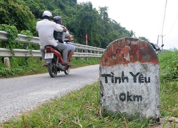 Cot moc lo gioi 'Tinh Yeu - Chia Tay' gay xon xao hinh anh