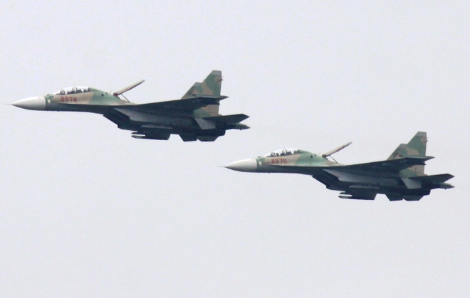 Su-30 ban chien dau hiep dong quan binh chung hinh anh