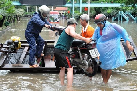 Tran mua o Quang Ninh lon nhat trong 40 nam qua hinh anh