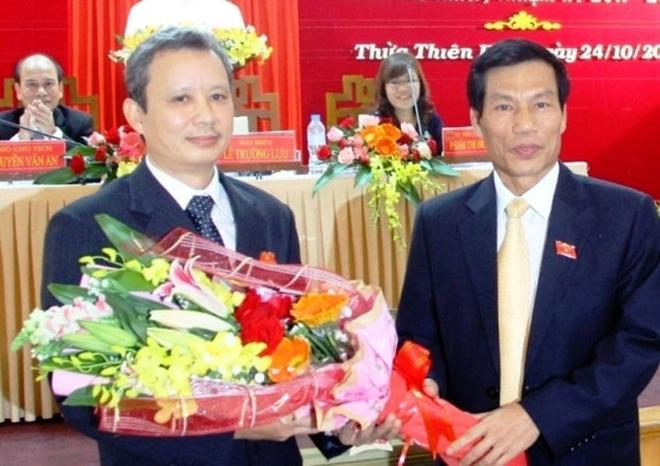 Ong Le Truong Luu giu chuc bi thu Tinh uy Thua Thien - Hue hinh anh