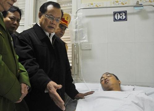 Ong Pham Quang Nghi: 'CSGT nen rut kinh nghiem' hinh anh