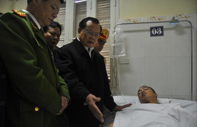 Ong Pham Quang Nghi: 'CSGT nen rut kinh nghiem' hinh anh 1