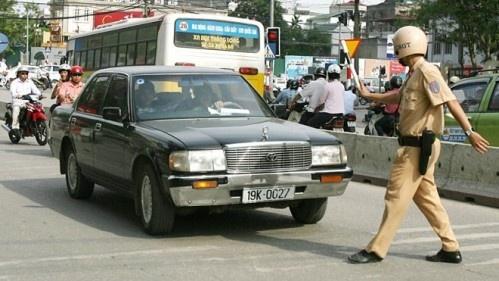 CSGT khong duoc dung xe chi de kiem tra thiet bi PCCC hinh anh