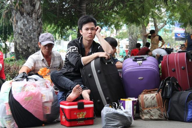 Ga Sai Gon don hon 26.000 luot khach ve que hinh anh