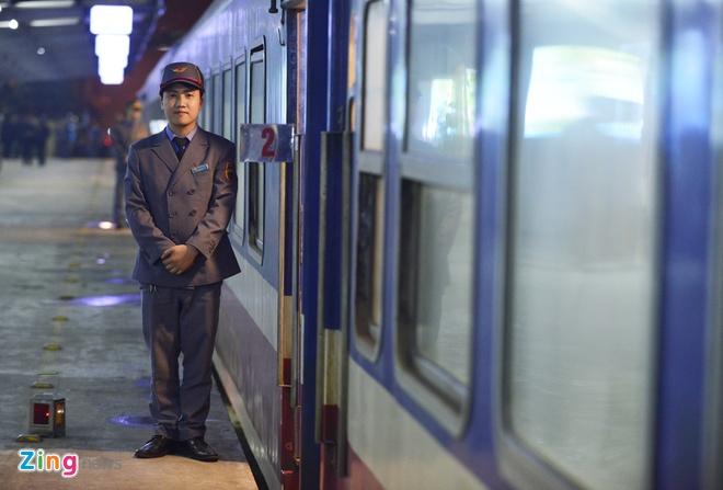 Dao Nhat Tan ve phuong Nam tren chuyen tau cuoi nam hinh anh 8
