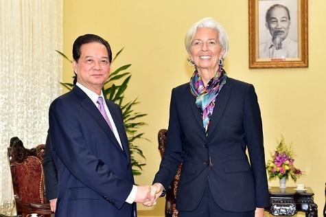IMF de nghi Viet Nam tang nang suat lao dong hinh anh 1