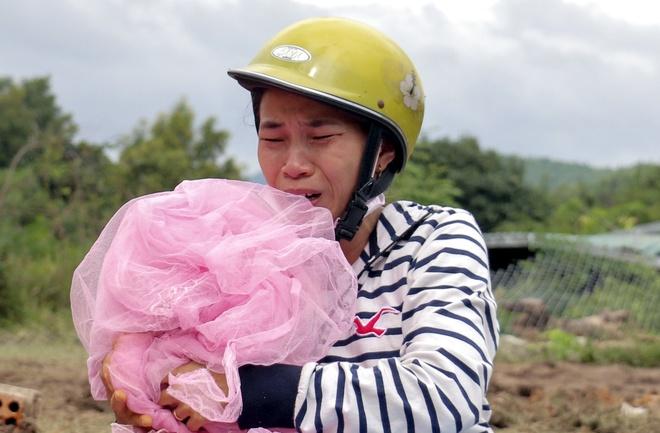 Vu sat lo o Nha Trang: Chang con gi nua, mat het roi hinh anh