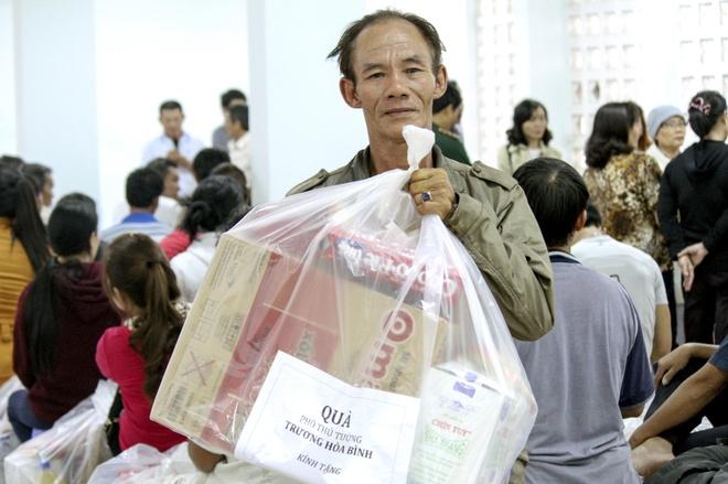 Vu chay 72 can nha o Nha Trang: Cac ho dan se co noi o moi hinh anh 2
