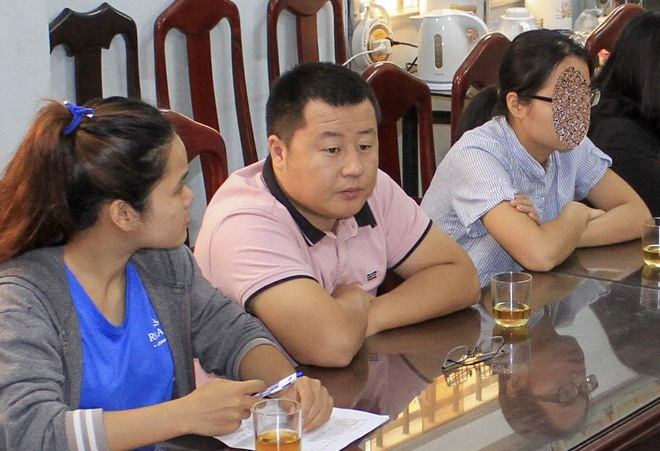Phat hien nhom nguoi Trung Quoc kinh doanh du lich 'chui' o Nha Trang hinh anh
