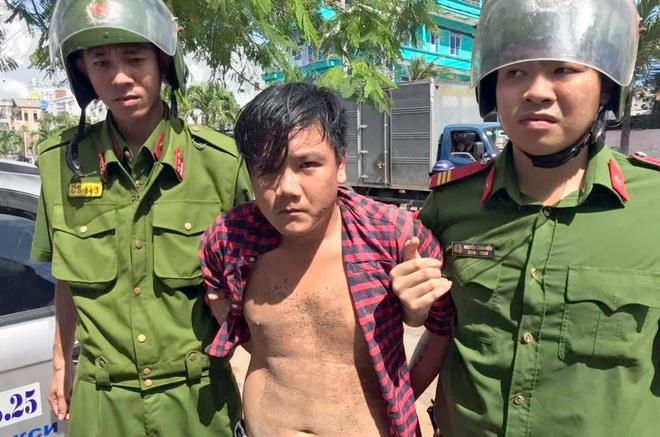 Thanh nien 24 tuoi o Nha Trang trom xe taxi vi 'thich' hinh anh