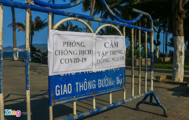 Nha Trang ra quan cuong che nguoi tam bien hinh anh 10 12_zing.JPG