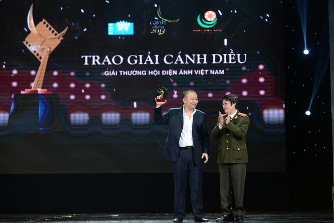 Thai Hoa nghen ngao khi nhan Canh dieu vang hinh anh 6
