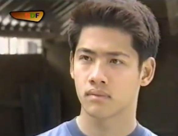 Gap lai dan dien vien phim 'Hoa co may' (2001) hinh anh 13