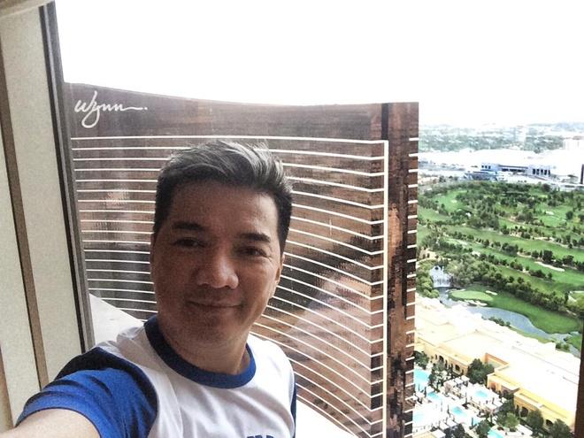 Mr. Dam Cong Lung Giat Vali Trong Khach San Xa Hoa Hinh Anh 4