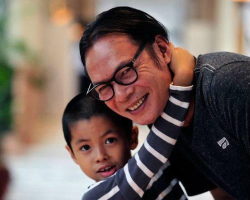 Hai con Tran Luc va Hoang Bach canh tranh giai VTV Awards hinh anh
