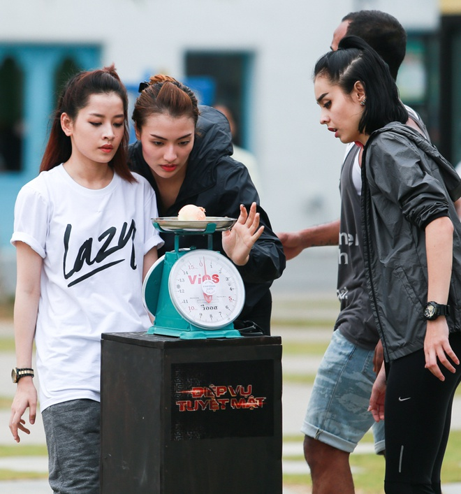 Hong Que vuong nghi van yeu Harry Lu khi tham gia game show hinh anh 13